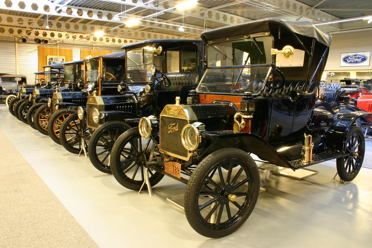 FIA Heritage Museums: Historic Vehicles around the World   ford museum